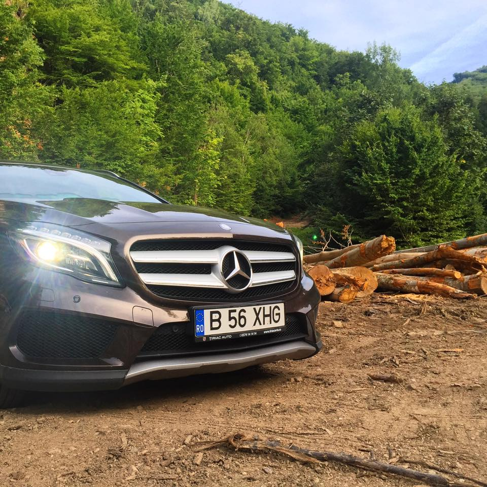 mercedes-benz-gla-drum-forestier