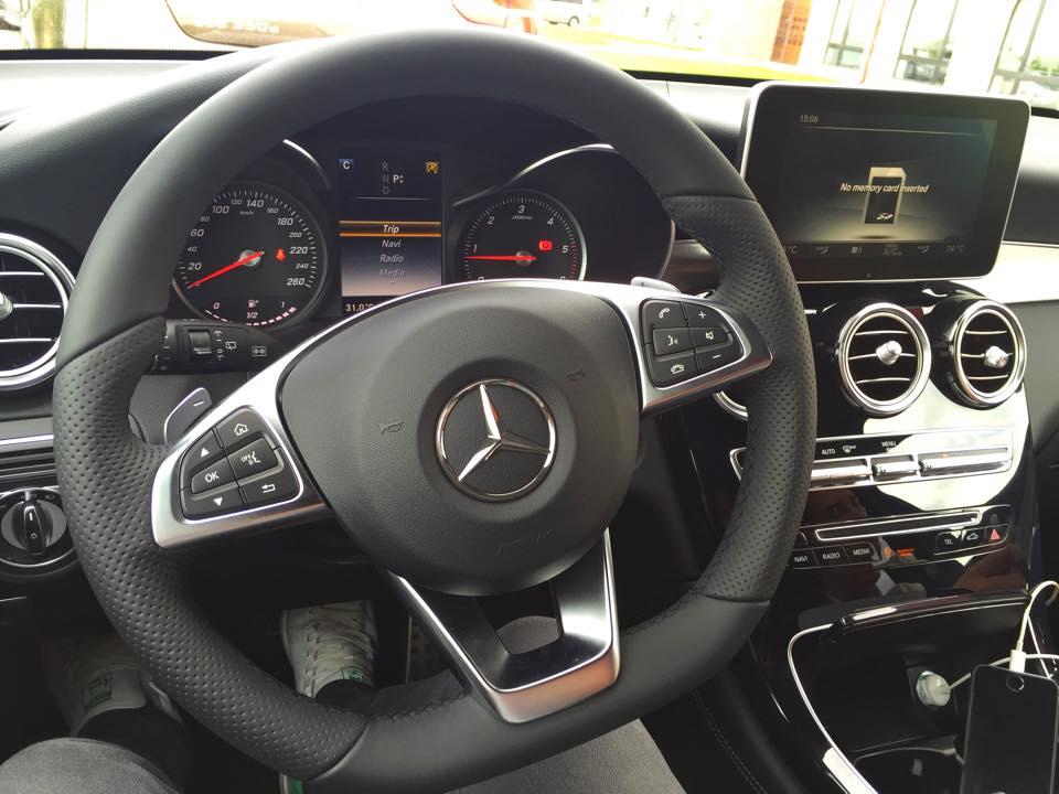 Mercedes-Benz-GLC-interior